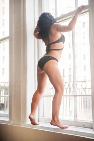 Cleanne adult dating in Portland Maine, escorts
