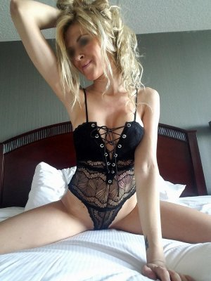 Maryka outcall escort in Sun Prairie WI