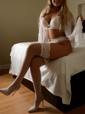 Myriane speed dating in Hudson & incall escort